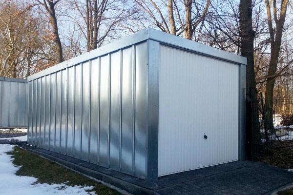 Seitenansicht der Basic-Garage